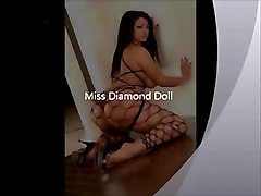 Miss Diamond Doll & Her Sexxxy Ass!