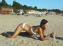 Vika took a stroll on the beach and decided to show her tits