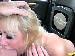 Lois in Creampie surprise pays taxi fare - FakeTaxi