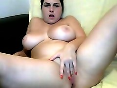 i demonstrate my extremely sexy body and rub my slit with great desire